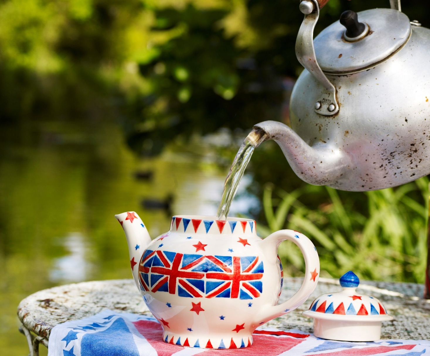 Union-Jack-Four-Cup-Teapot