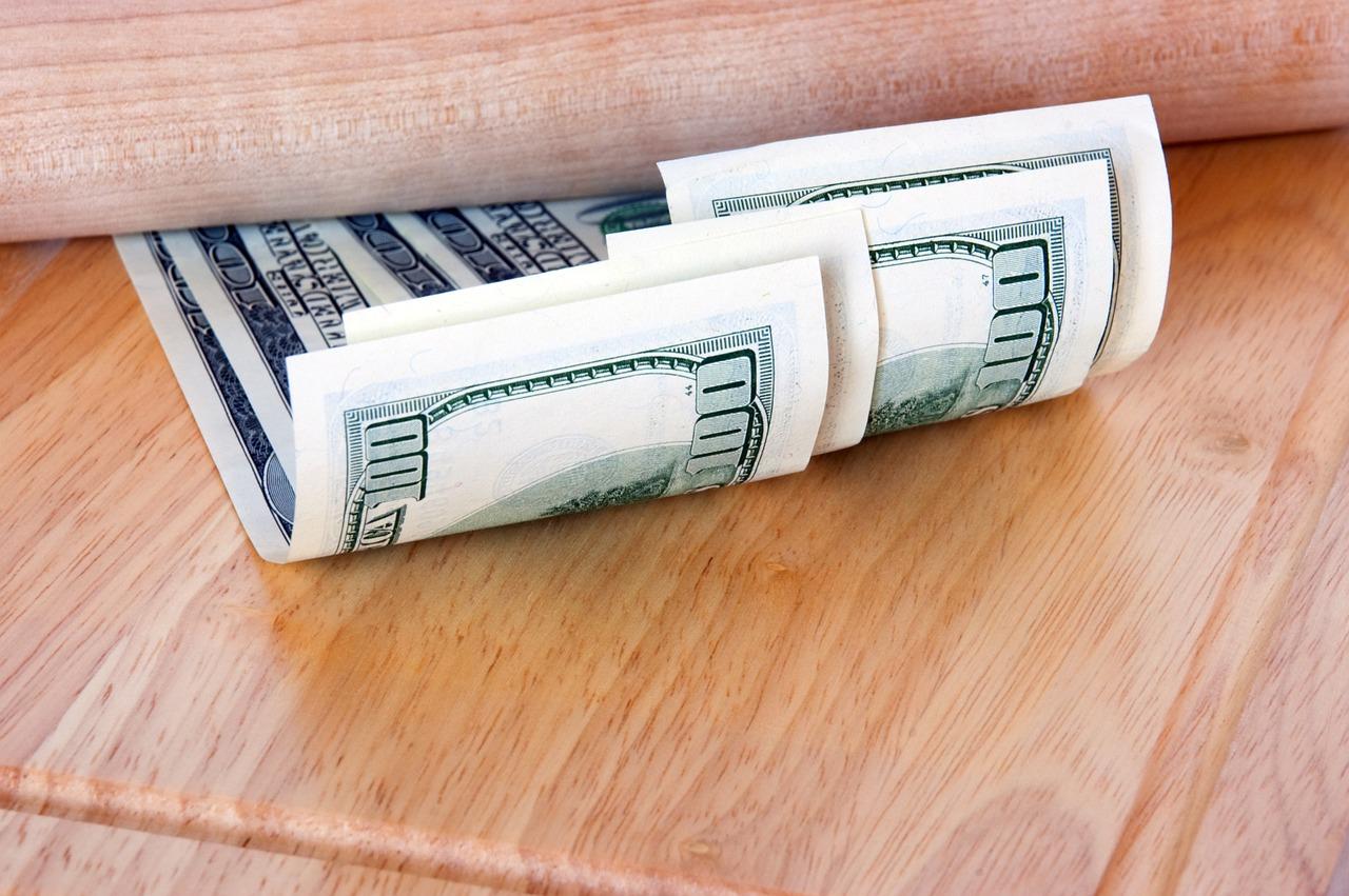 dollar-837378_1280