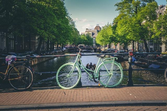 bikes-924730_640