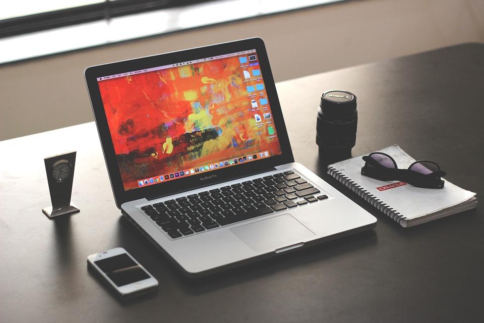laptop-1035345_960_720