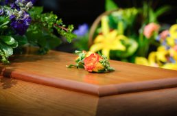 How to Prepare for the Cost of a Funeral