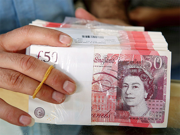 british-pound-slips-anew-in-early-asia-markets-skittish