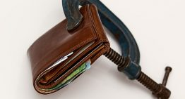 Stay Away From Debt With These Tips