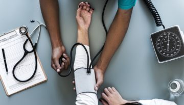 The Highest Paid Jobs In The Medical Industry That Aren't Doctors
