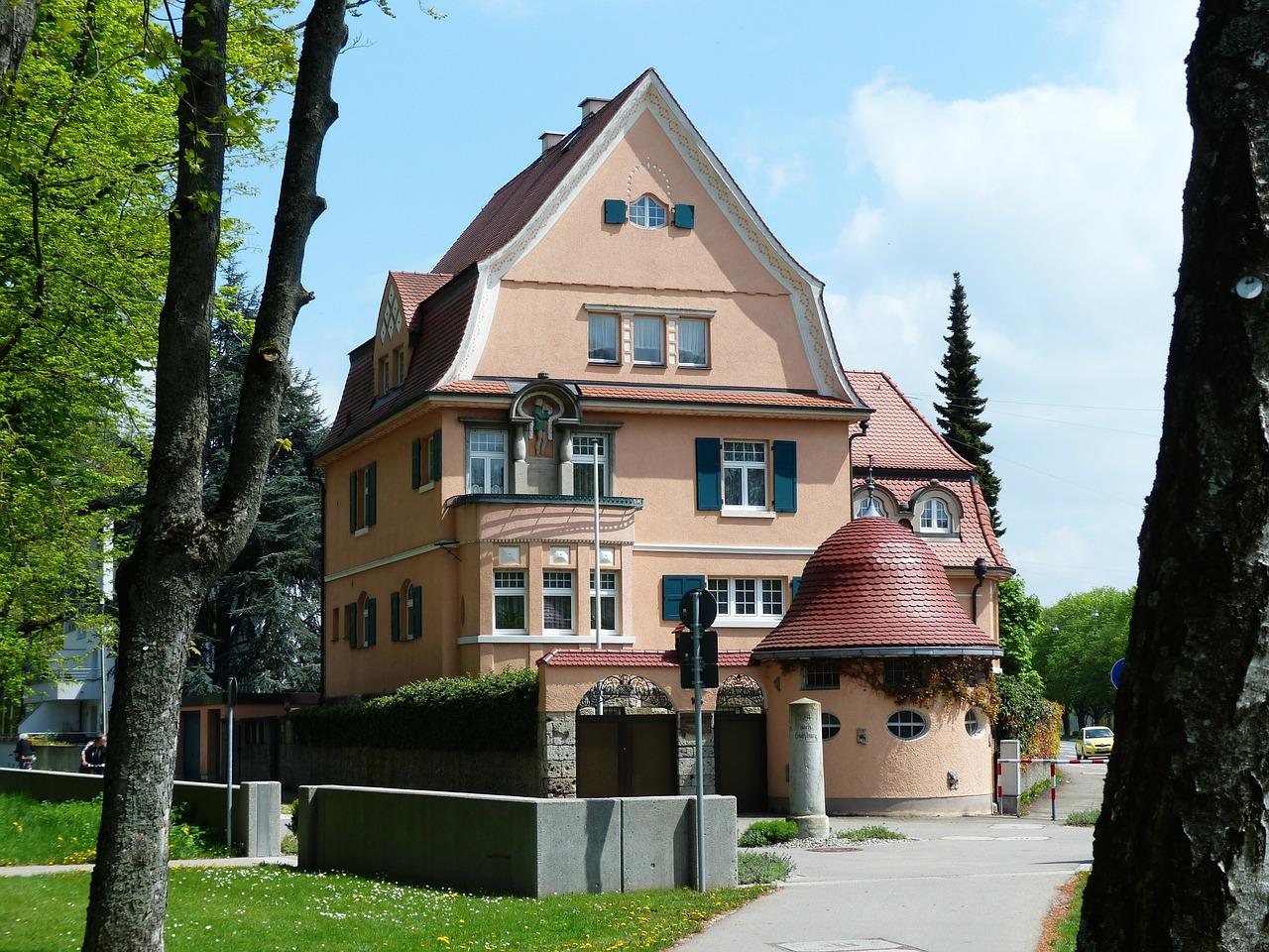 villa-115191_1280