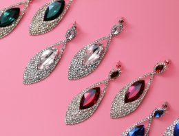 How to save money on diamond earrings